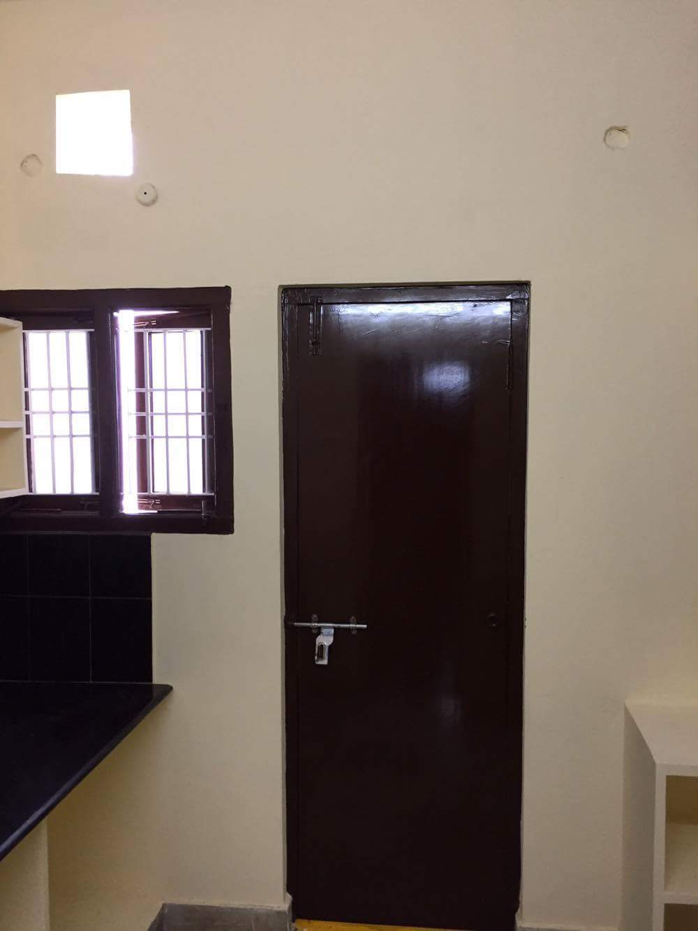 with open terrace 1bhk flat for rent 9000 at ram nagar