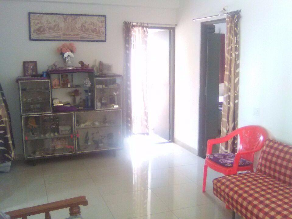 1st floor of house for rent.semi furnished.total built up area 1200 sq ft. 2bhk house for rent 13000 at bharat nagar,