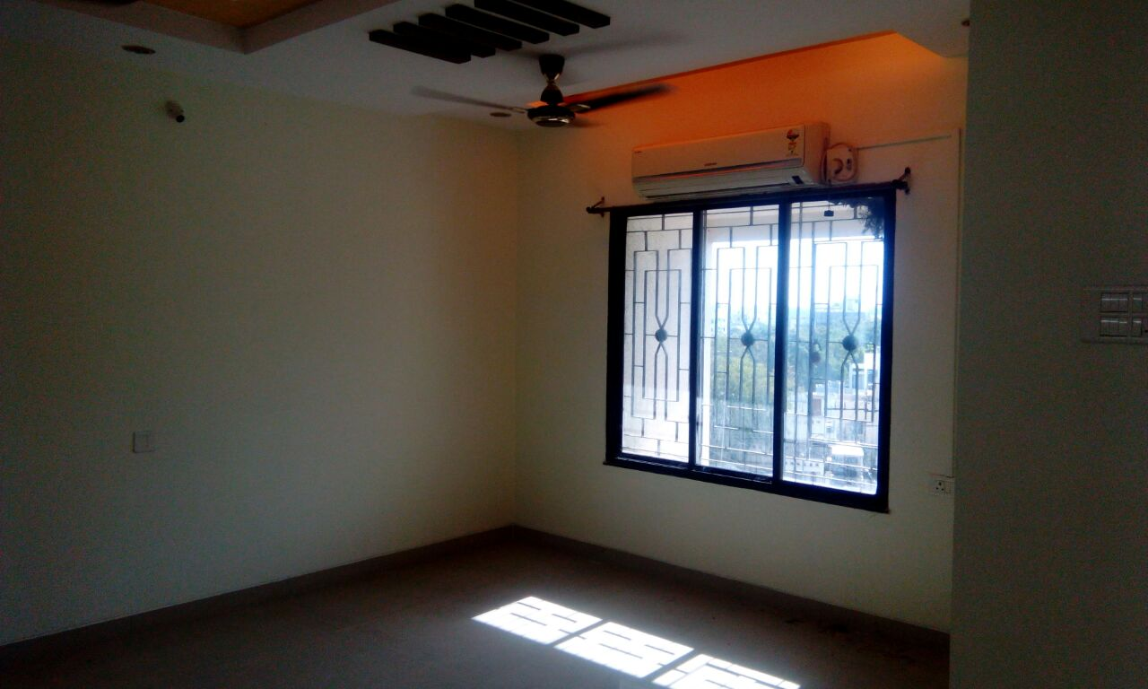 Ek dum naya flat in pratap nagar near somalvar school at 8500rs