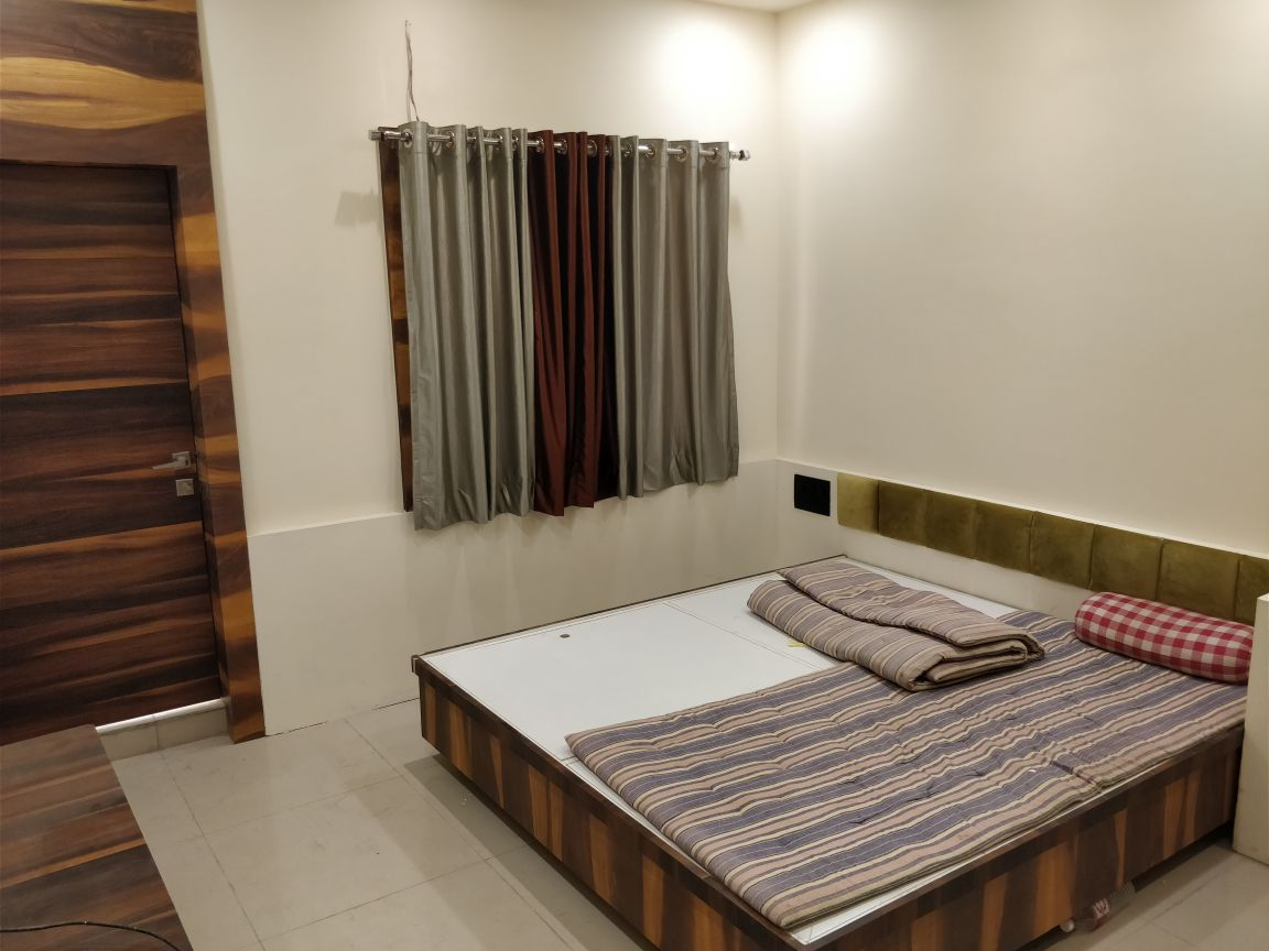 Spacius 3bhk flat with 3bathrooms, flat is semifurnished with wardrobe in all rooms