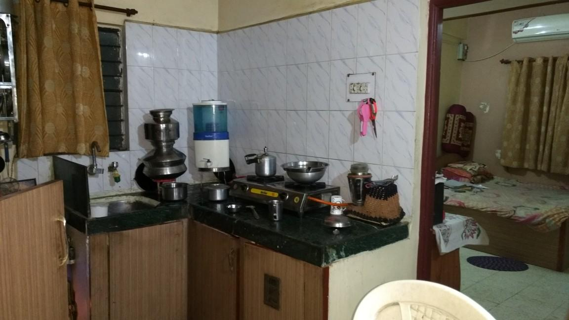 On 2nd floor 1bhk posh flat available for rent amount 7500 at pratap nagar