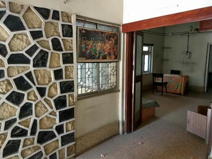 full furnished 900sqft.  with  interiarsalloted parking for rent 60000 in ramdaspeth.