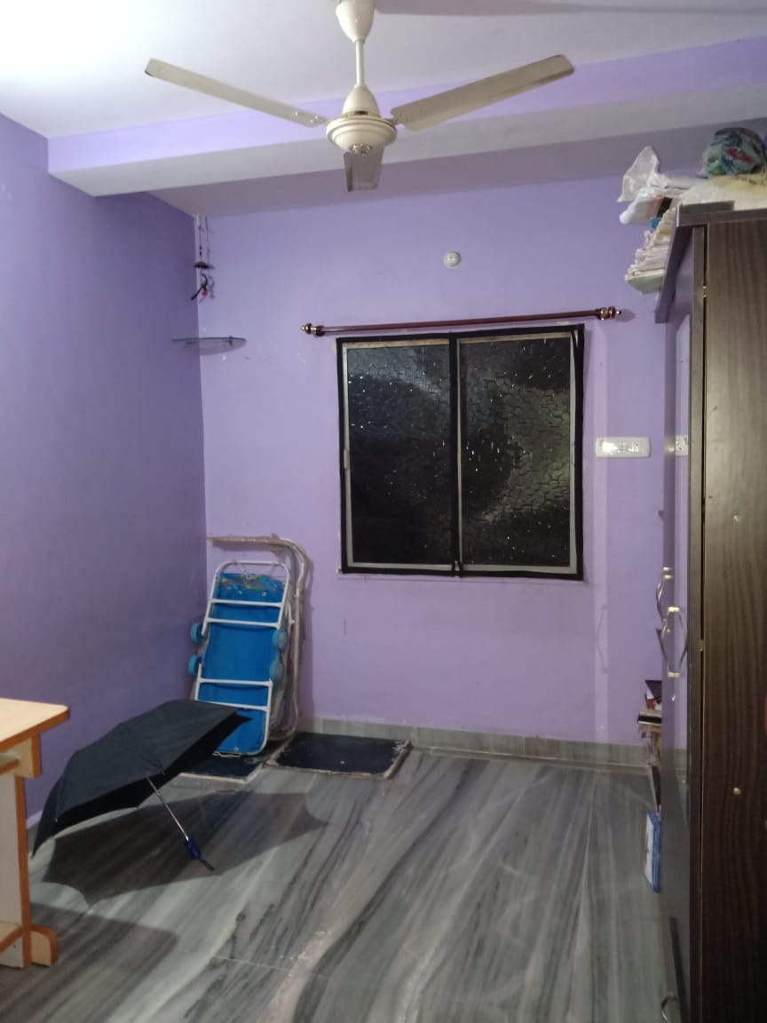 Only for girls 1bhk semifurnished flat ,Ground of 3 Floors with ,2