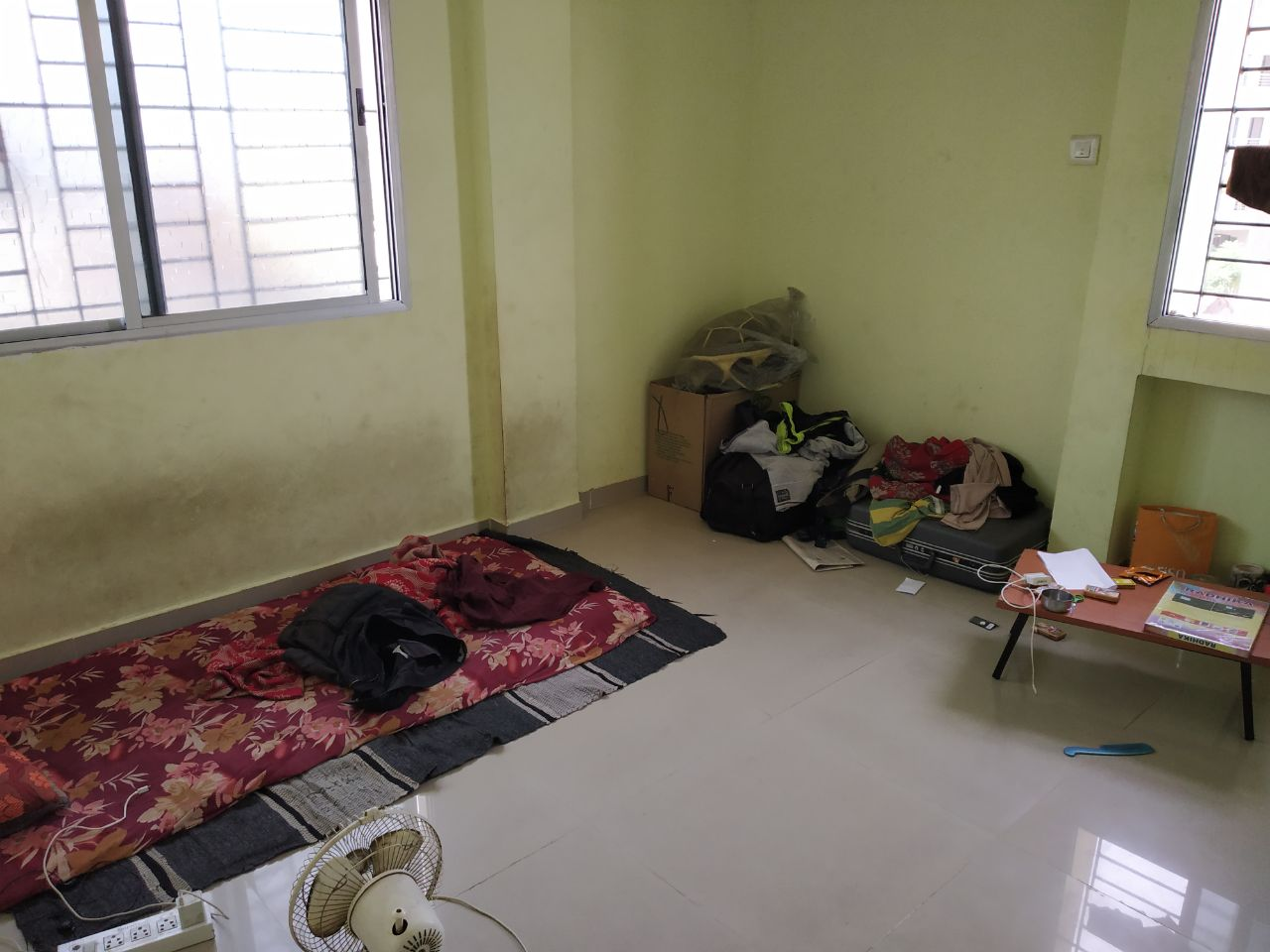 1bhk home for rent at ground floor with 24 hour hot water n well equipped with