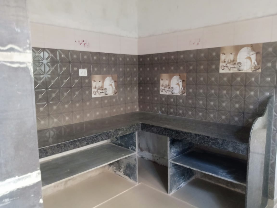 On ground floor 1bhk very posh flat , attached western toilet , available