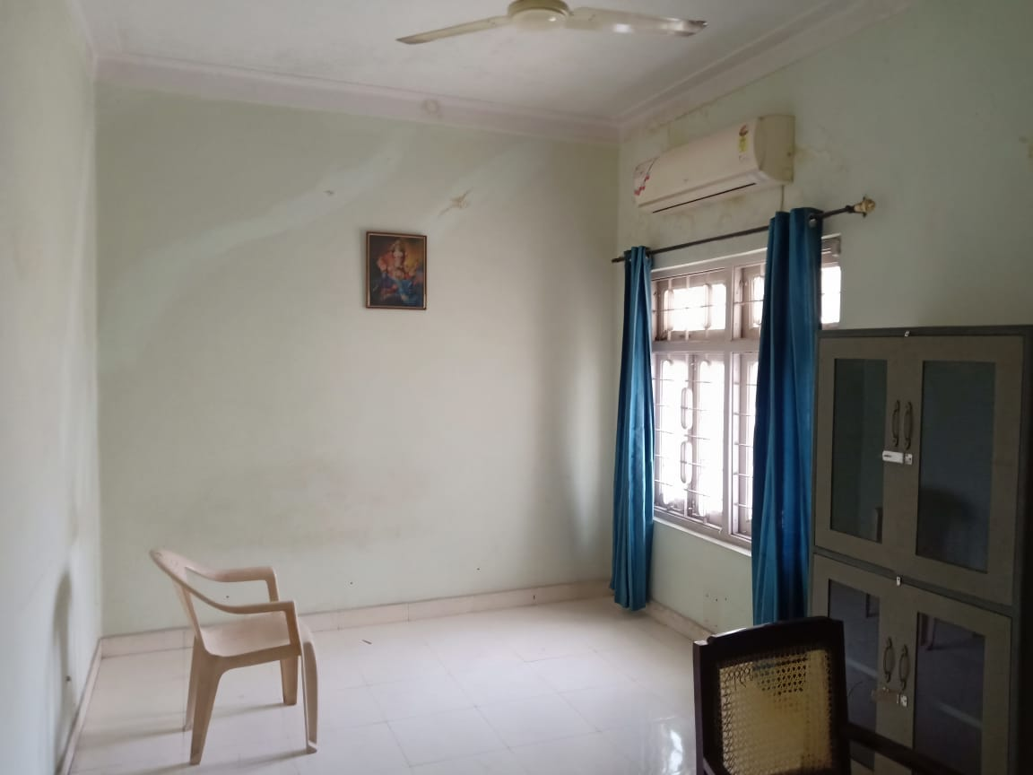 1bhk furnished house  available for rent at dharampeth
