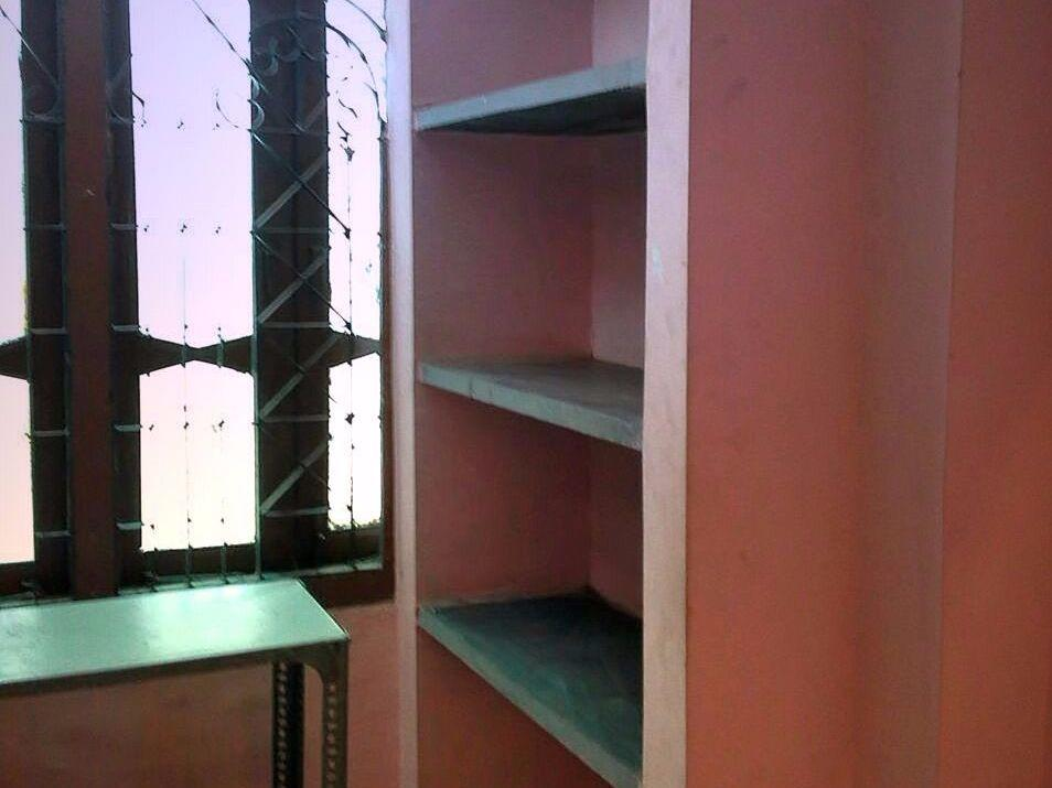1room + kitchen available for rent at Ajni square