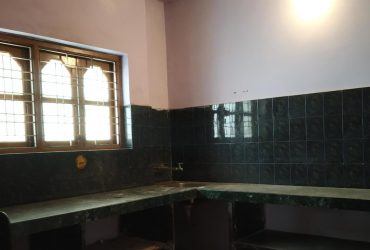 2bhk apartment available for rent at laxmi nagar