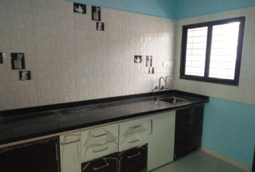 2bhk ground floor bunglow available for rent at laxmi nagar