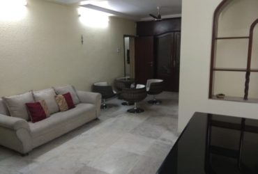 furnished 4bhk apartment  available for rent at  Bharat nagar.