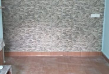 2bhk Newly painted reconstruct furnished flat with 24*7 water supply & fresh airy rooms
