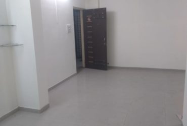 A very good 3bhk flat for rent in Lake View Residency, Subhash Nagar,