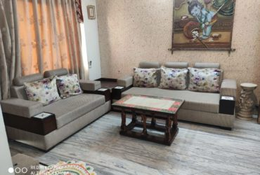 well designed 3bhk  fully furnished flat With 3Ac ,for rent at shivaji nagar