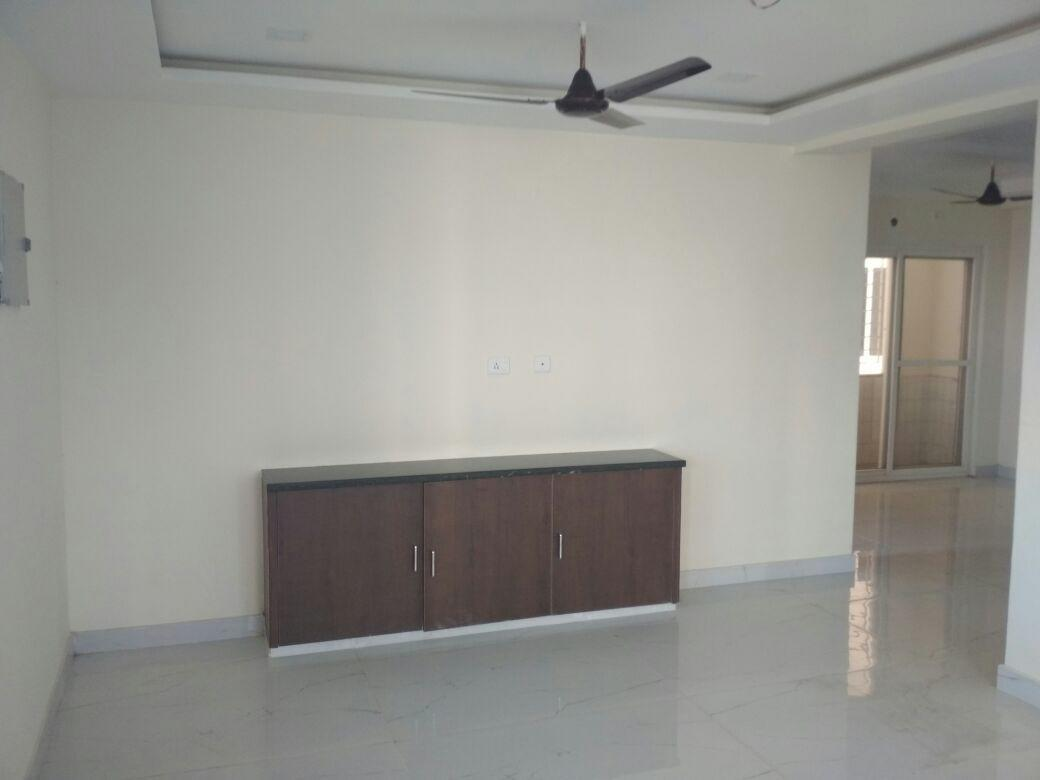 2bhk on 2nd floor lift with backup, security, for rent 15000 at gandhi nagar