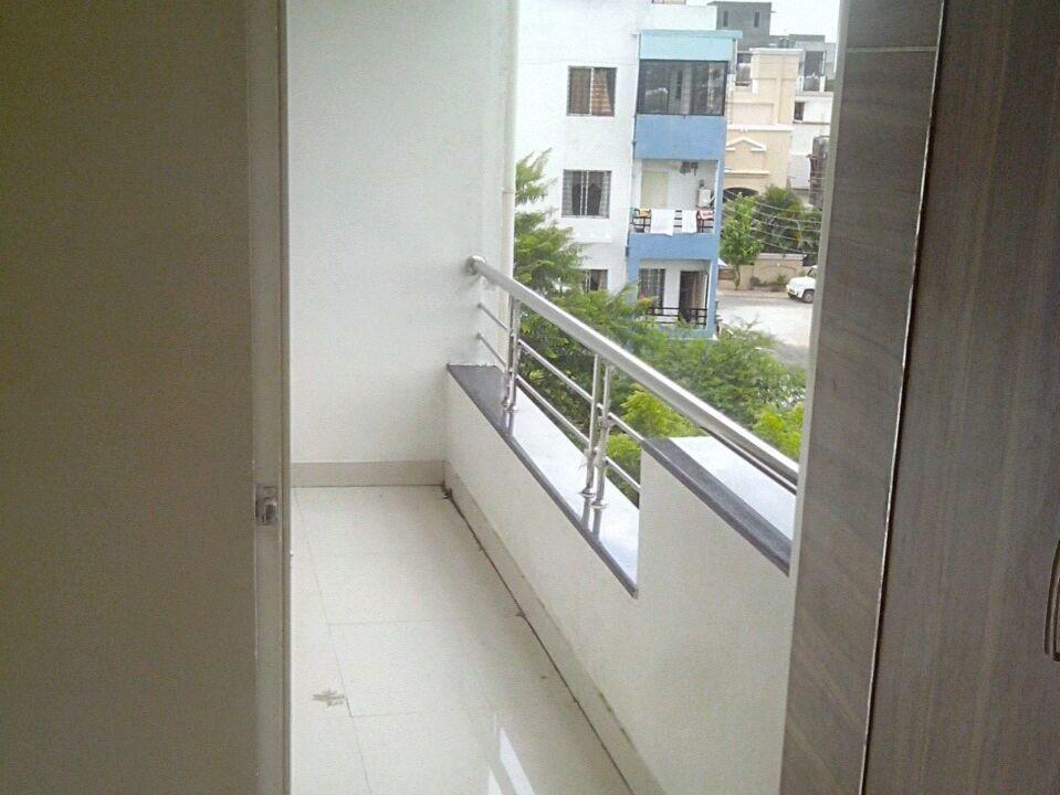 New 2bhk posh flat for rent at manish nagar