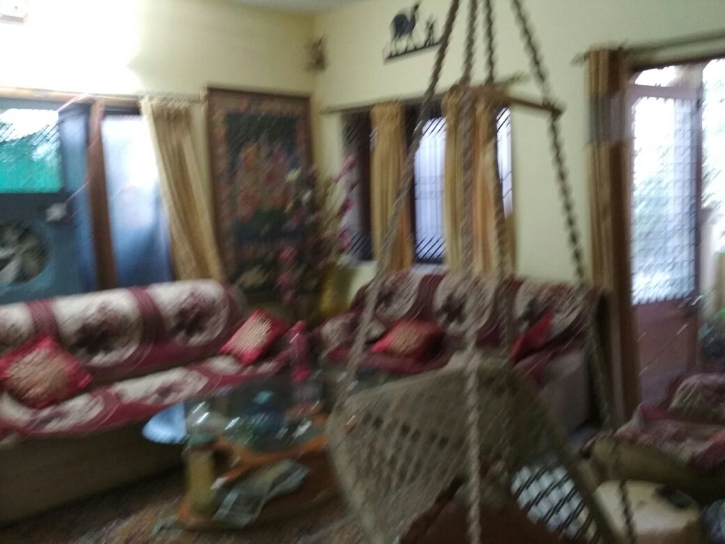 2bhk full furnished posh flat with all furniture flat for rent