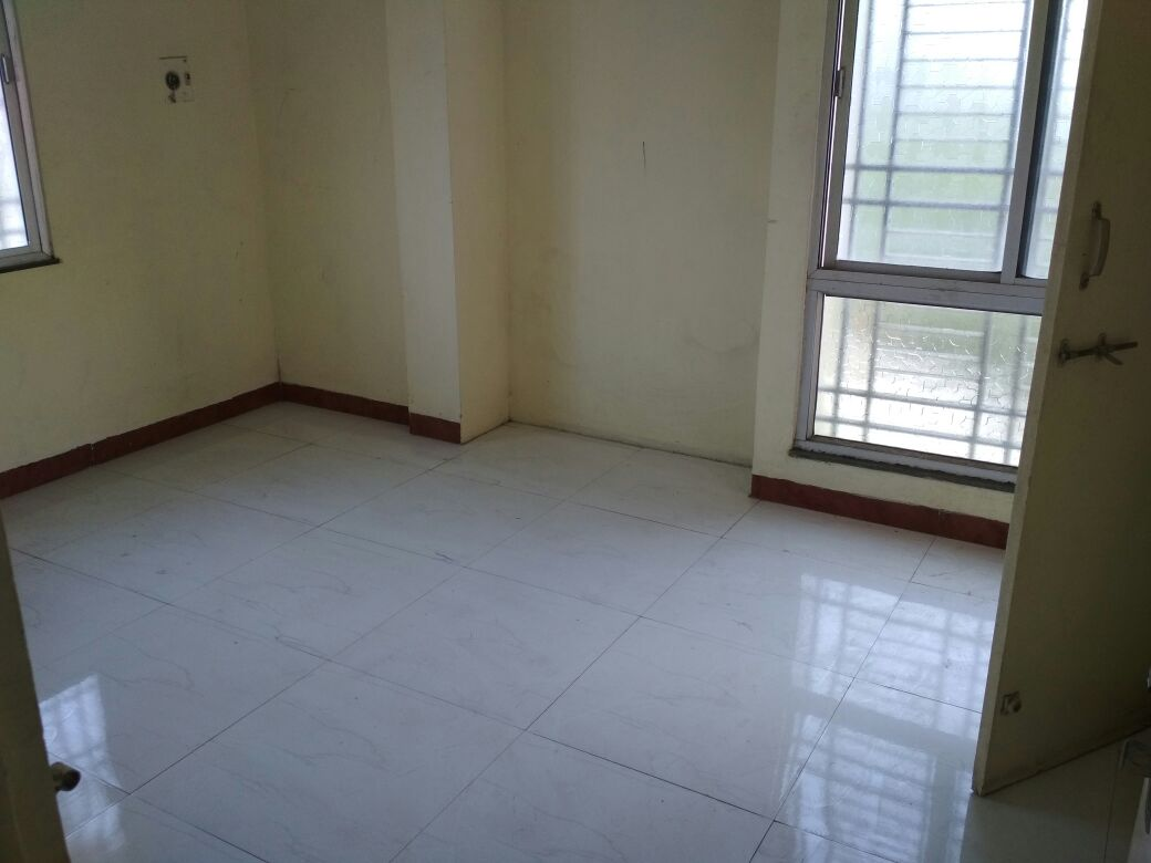 2 storey private property, ground floor owner, 1st floor to be rent out