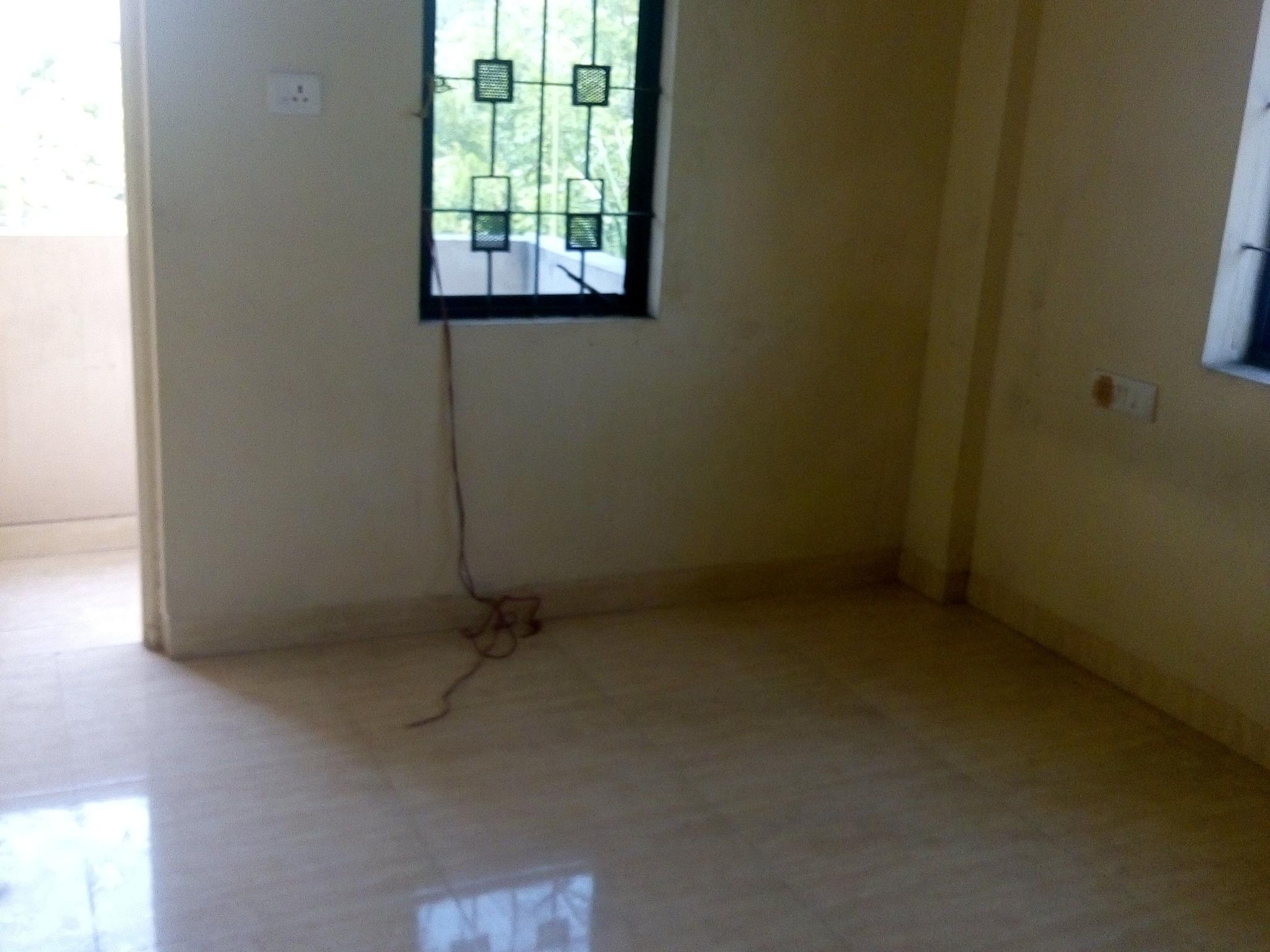 the spacious 2bhk house for rent 9000 at narendra nagr
