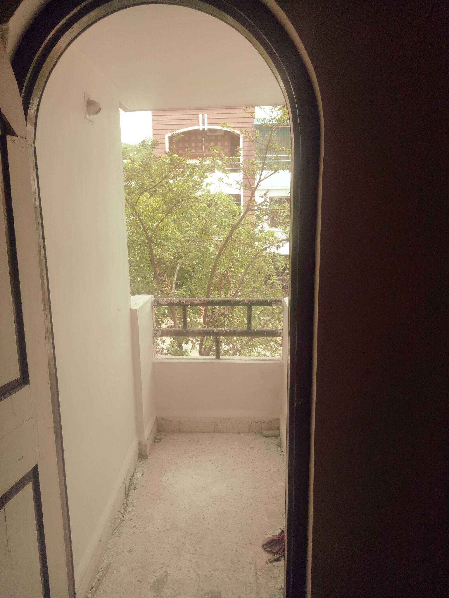 3bhk semifurnished with 3wardrobes for rent 25000 in shree nagar.