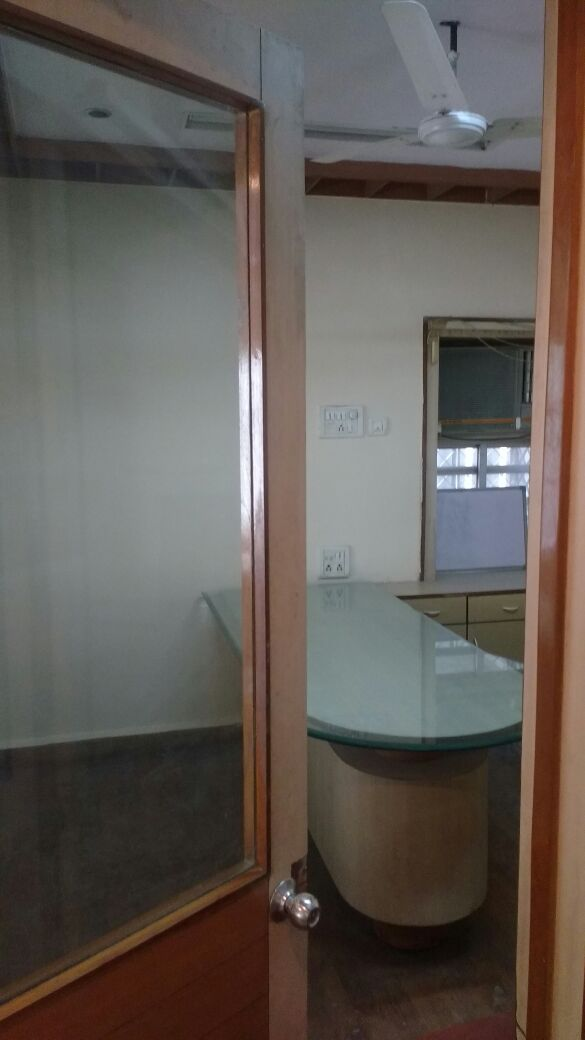 full furnished 750sqft office space with all amenities rent 40000 in bhole petrol pump,dharampeth.