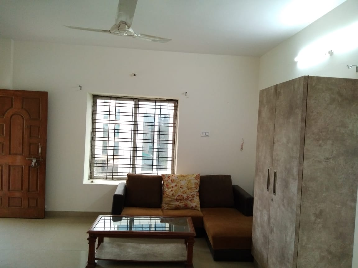 2bhk furnished flat for rent in manish nagar.