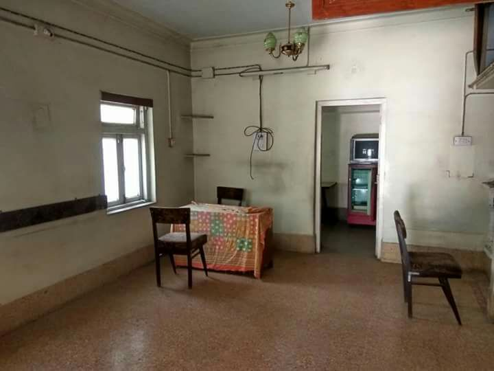 for types of offices / clinic for rent 1200sqft big hall rent 35000main road touch, hingna t point .