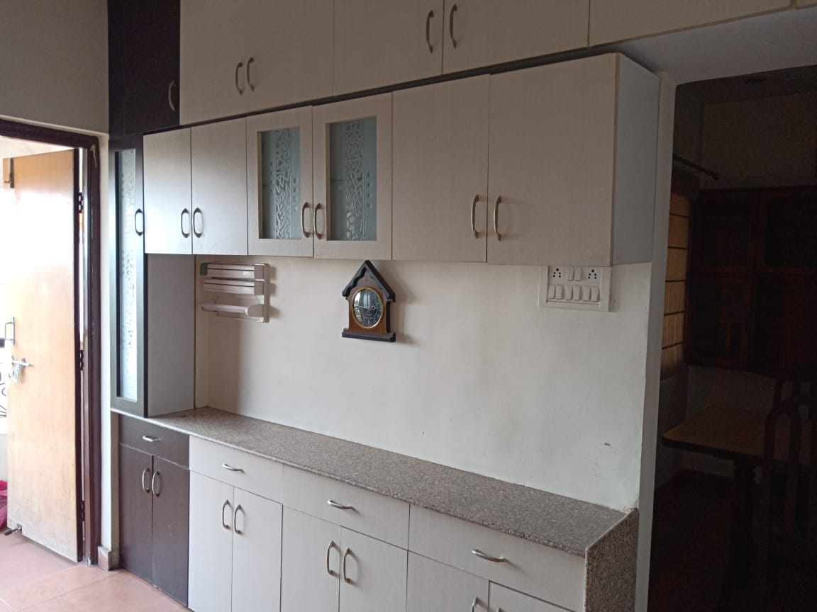 fully furnished 2bhk flat for rent 21000 in mate chowk