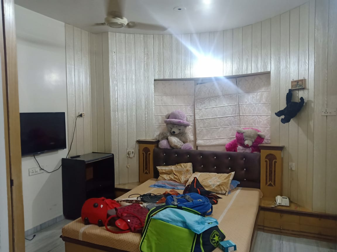 3bhk full furnished with 2Ac , all furniture and electronics fixtures rent 30000 at ramdaspeth