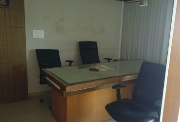 well furnished office with Ac chamber , 3ducting chamber at chatrapati square