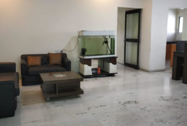 This is a spacious and thoughtfully designed 3 BHK apartment for rent in Wadi, Nagpur.