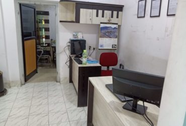 fully furnished office on ground floor , 450sqft. space available for rent at  gokulpeth .