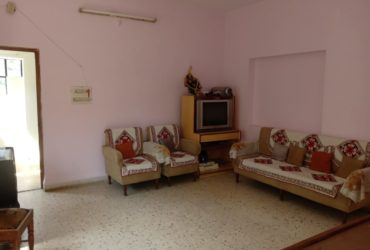 House/villa 2bhk more than semifurnished  available on rent in bharat nagar , nagpur.