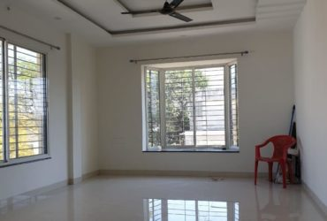 well maintained 3bhk  posh apartment available for rent at Pratap nagar