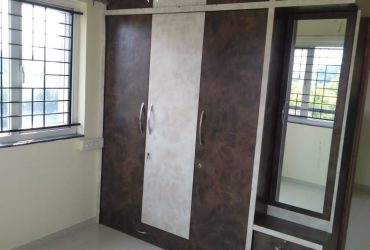 Well maintend 2bhk posh semifurnished flat for rent at chatrapati square