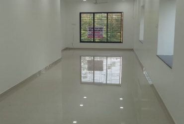 Specious newly builtup  office space for rent at Indraparashtha nagar.