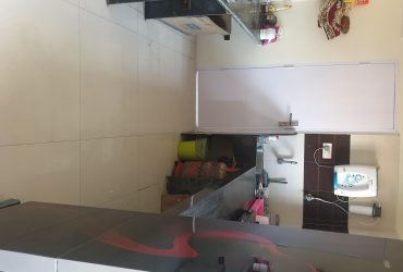 3bhk semi furnished flat for rent at dharampeth