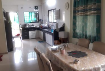3bhk semi furnished flat for rent at dhantoli.