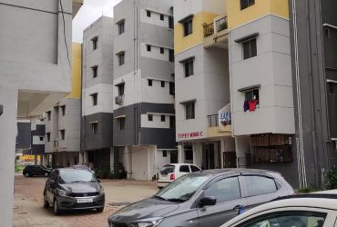 3bhk unfurnished  flat for sale in Besa